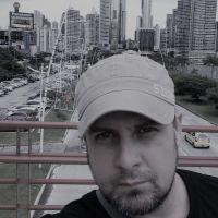 Kenneth Ruiz